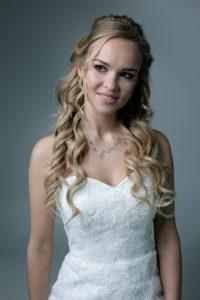 bruidskapsel met haarextensions